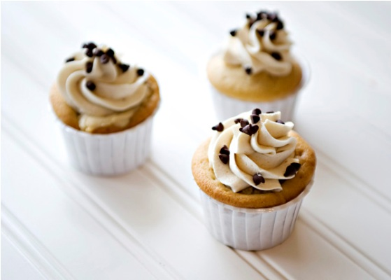 Cookie-dough-cupcakes_2