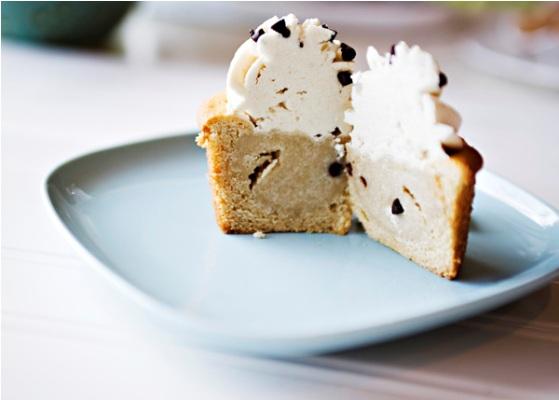 Cookie-dough-cupcakes_2